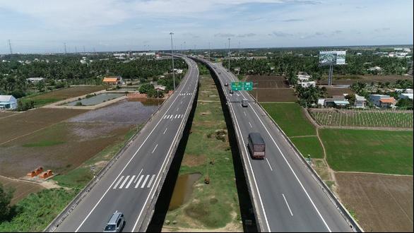 Đường cao tốc TP.HCM - Trung Lương là một điểm nhấn trong phát triển cơ sở hạ tầng của Long An